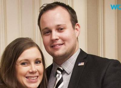 News video: TLC Pulls '19 Kids and Counting' in Wake of Josh Duggar Molestation Admission